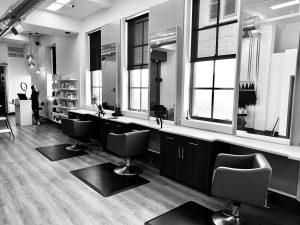 美容師の年収って独立する前と後とで2倍以上の違いがあるけどさ…