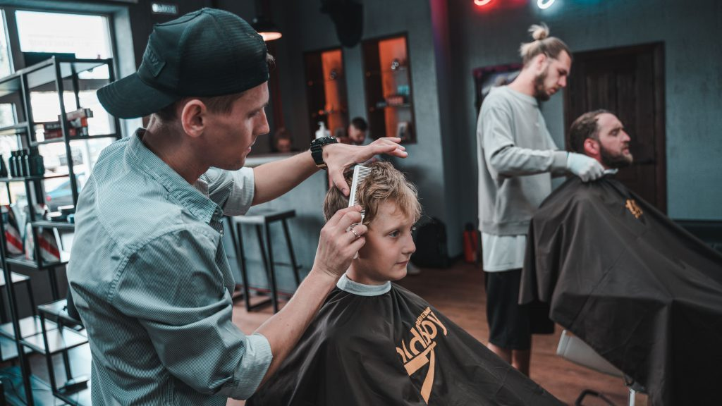 役職のない美容師人生はきっとつまらない【店長やディレクター最強】