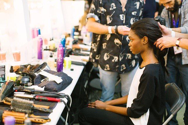 美容師免許の再取得が必要なの?