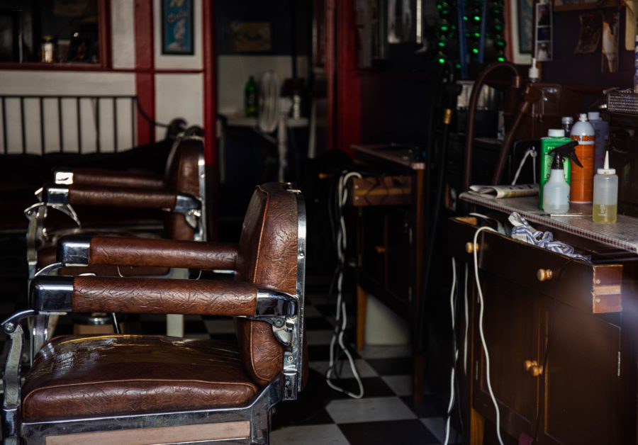 理容師と美容師労働面できついのはどっち?