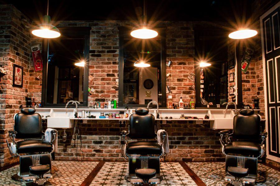 資格職である美容師の給料について現役経営者が暴露する